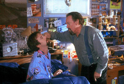 Tom-Green-as-Gord-and-Rip-Torn-as-his-father-in-20th-Century-Foxs-Freddy-Got-Fingered-2001-0